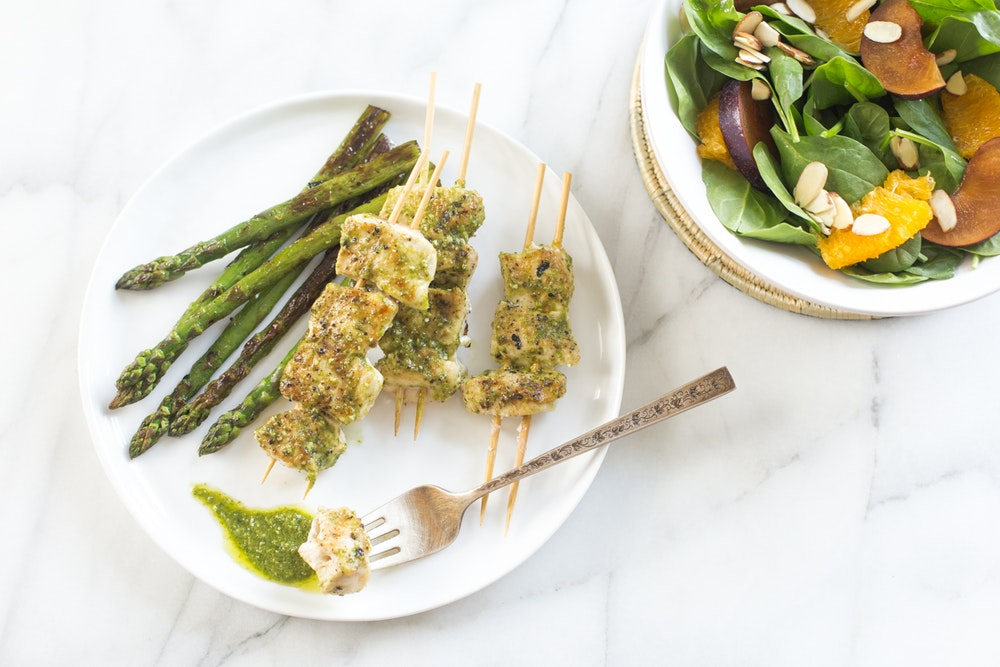 Pesto Grilled Chicken and Asparagus