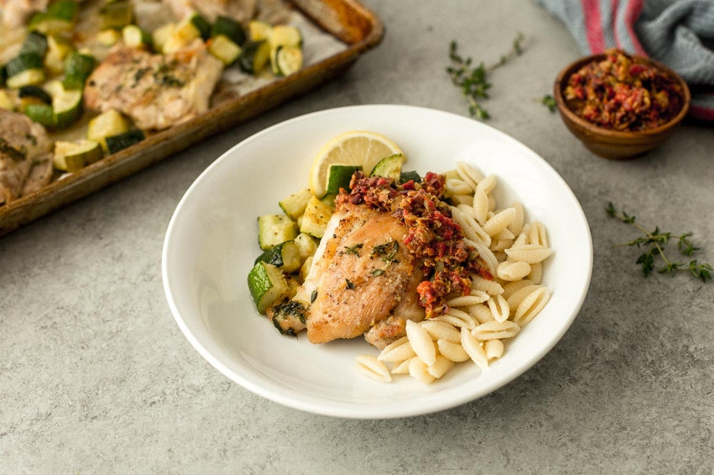 Italian Pasta with Roasted Chickpeas and Zucchini