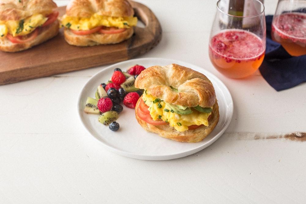 Breakfast Croissant-wich
