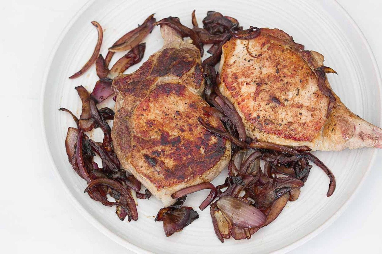 20131009 pork chops balsamic red onions 1.jpg?ixlib=rails 2.1