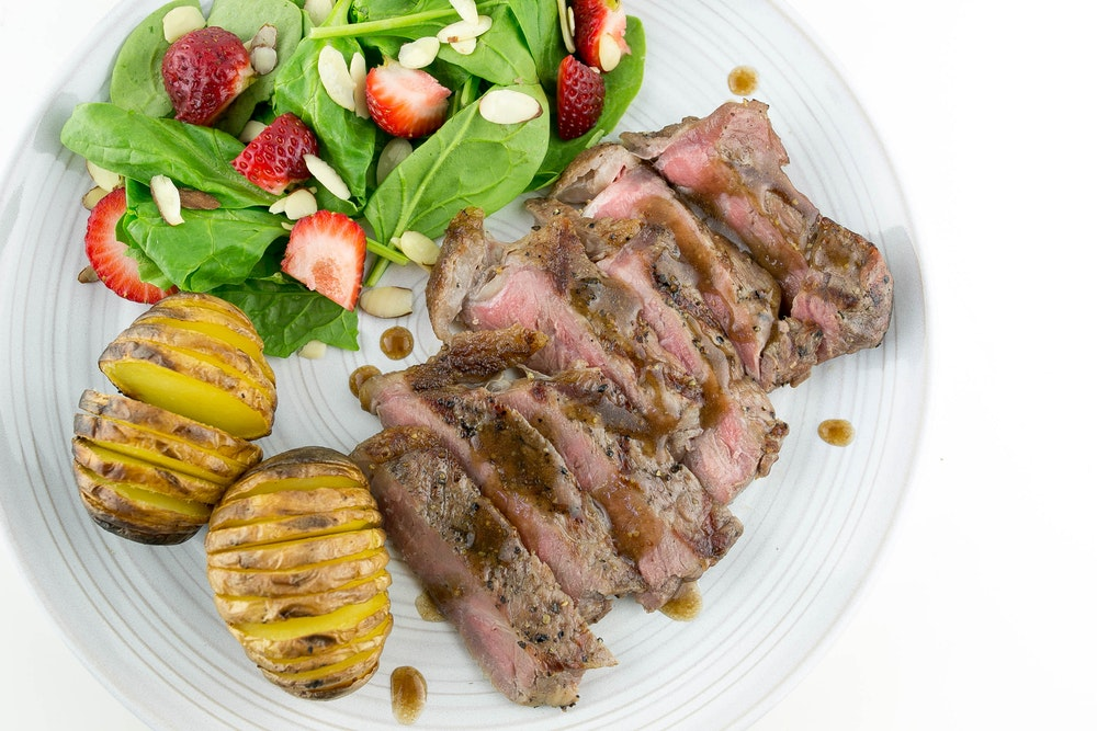 Grilled Steak with Sundried-Tomato Butter