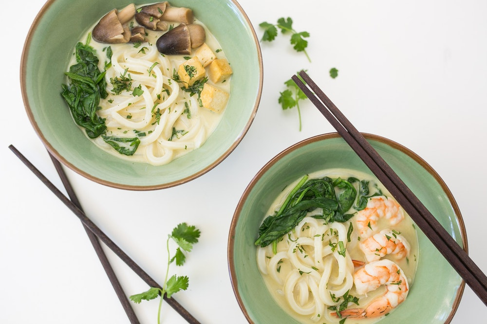 Shrimp and Udon Noodles in Green Curry Soup