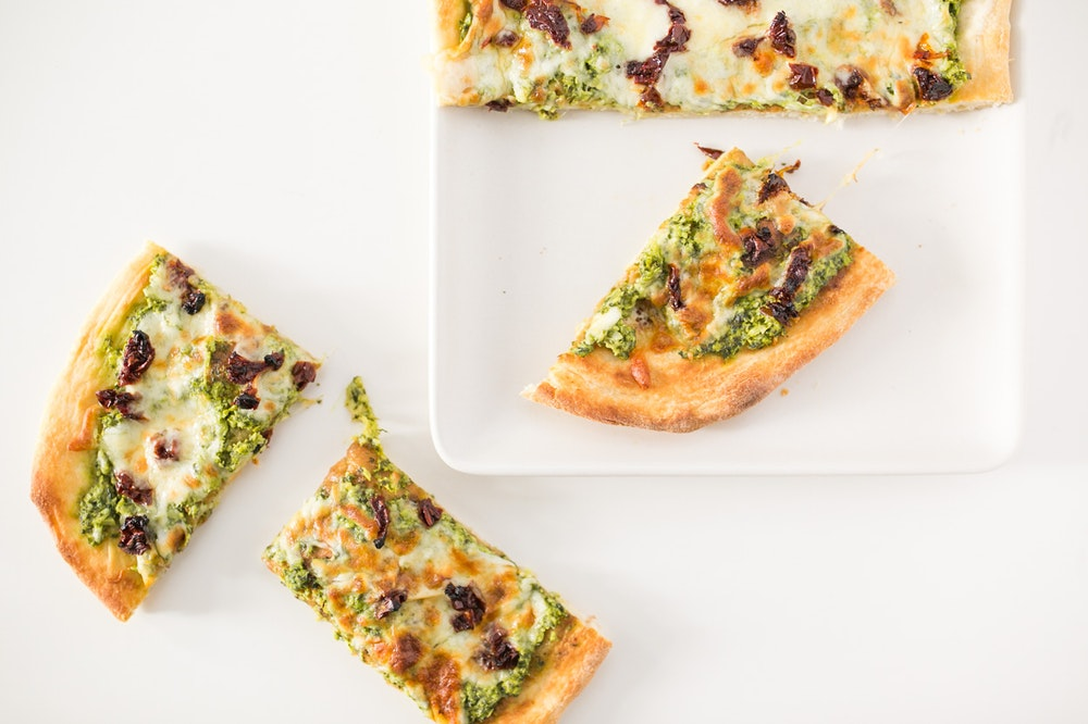 Pizza with Spinach-Artichoke Sauce