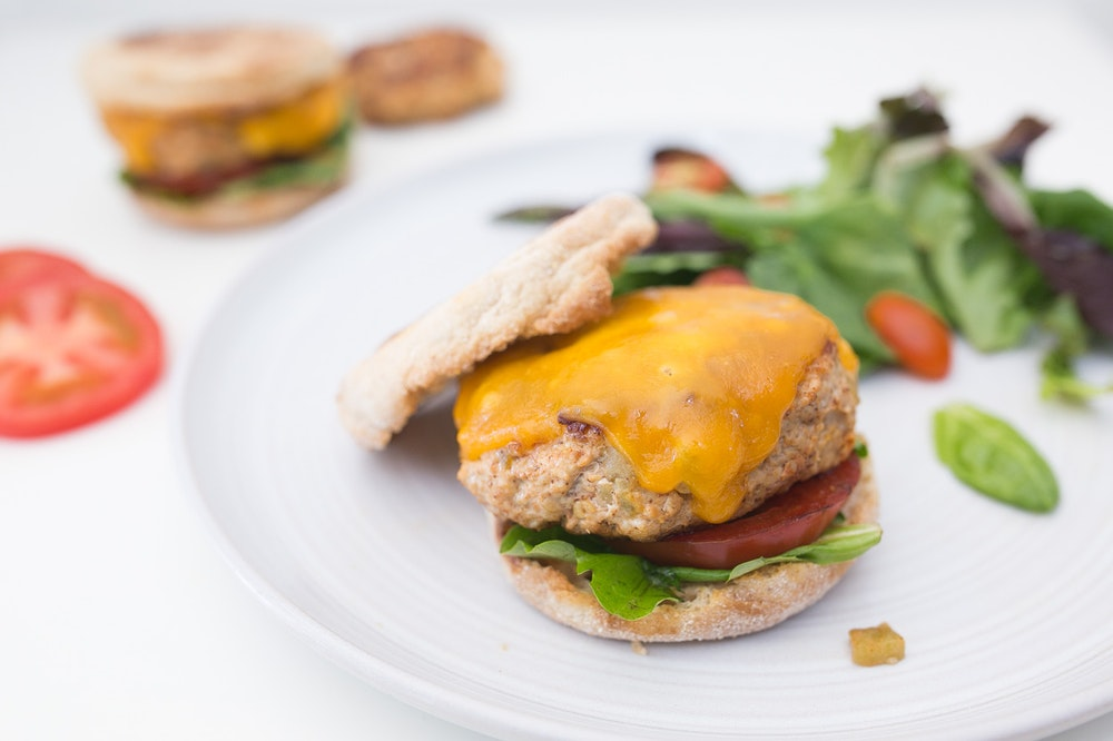 Southwest Green Chili Turkey Cheeseburgers