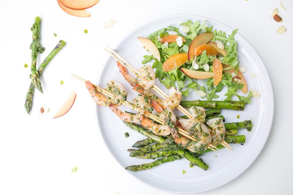 Pesto Grilled Shrimp & Asparagus