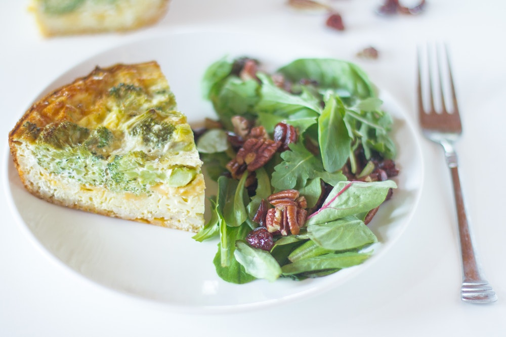 Broccoli and Cheddar Quiche with Rice Crust
