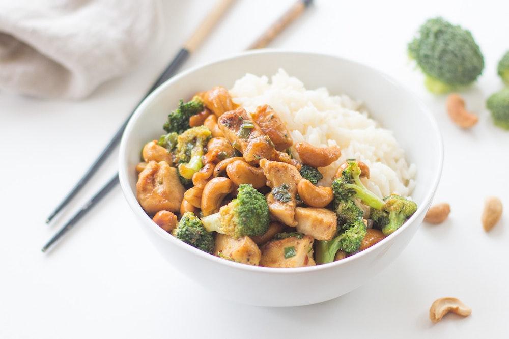 Cashew Chicken with Broccoli