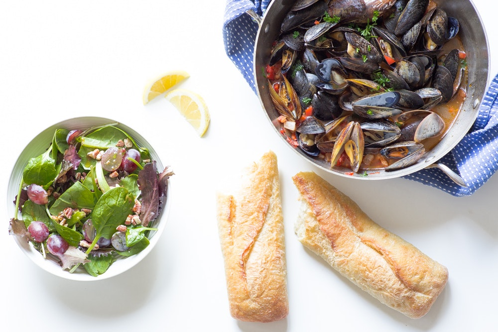 Mussels in Garlic White Wine Sauce